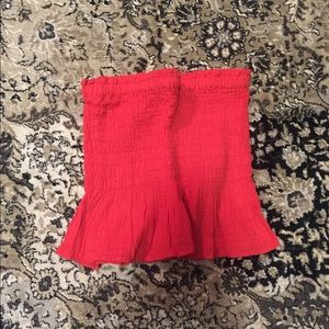 American Eagle Outfitters Tops - Smocked tube top
